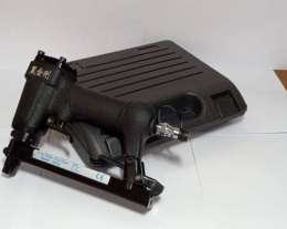 J-1013 1pcs/box ,ปืนยิงลูกแม็ก  BLACK KINGKONG AIR NAILER,(MADE IN CHINA)	 0